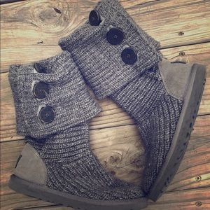 Ugg Cardy knit boots style 5819 size 6